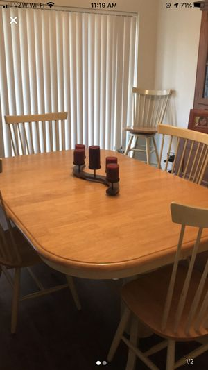 Kitchen table. for Sale in Pikesville, MD