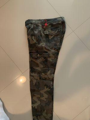True religion camo with pockets size 31 waste for Sale in Miami, FL