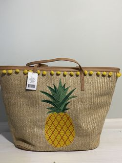 Large Boho Pineapple Straw Tote Bag for Sale in Gallatin,  TN