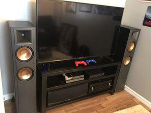 Klipsch rf-82 speakers (pair) for Sale in Plant City, FL