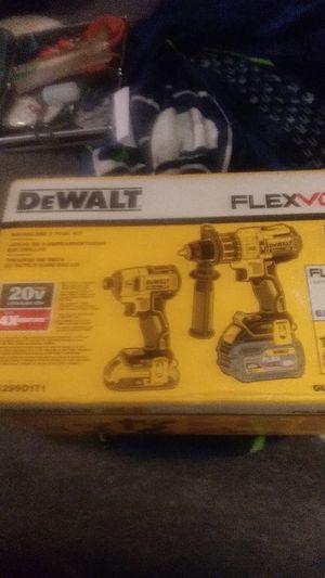 Dewalt flexvolt 20v brushless 2 tool kit for Sale in Marysville, WA