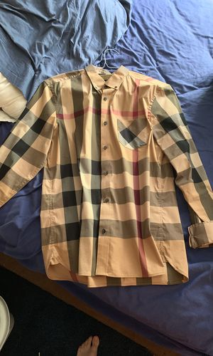 Burberry Shirt (100% Authentic) for Sale in Baltimore, MD