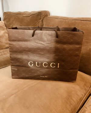 Authentic Gucci Gift Paper Shopping Bag for Sale in San Diego, CA