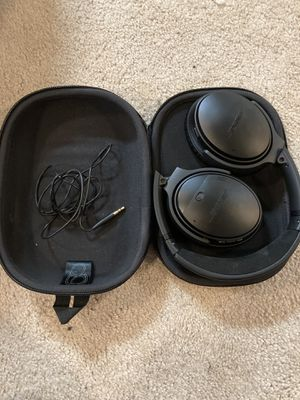 Bose QC35 Headphones for Sale in Riverwoods, IL