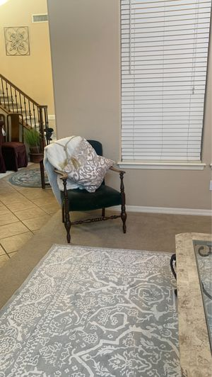 Antique chair for Sale in Goodyear, AZ
