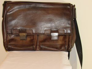 Leather Calvin Klein bag for Sale in Seattle, WA