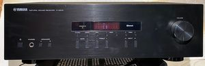 Yamaha R-S202 Stereo Receiver with Bluetooth for Sale in Scottsdale, AZ