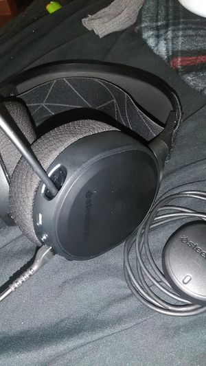 Wireless artic pro 9 gaming headset for Sale in Baltimore, MD