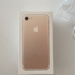 I Phone 7 32GB Used 2 Weeks for Sale in Littleton,  CO