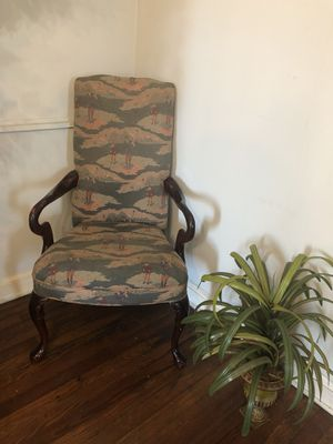 Armed chair for Sale in Aldie, VA