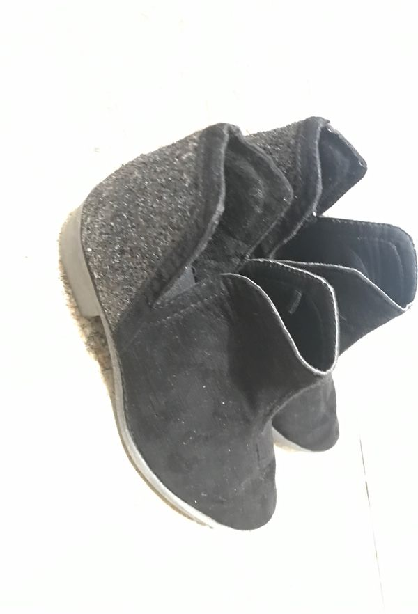 Justice girls boots size 13 5$