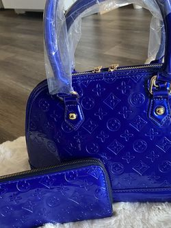 Handbag And Wallet for Sale in Portland,  OR