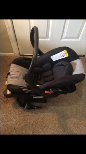 Car seat for Sale in Toledo, OH