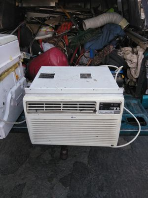 LG portable air conditioner for Sale in Paramount, CA