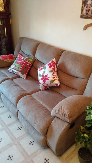 Ashley Sofa double recliner for Sale in The Bronx, NY