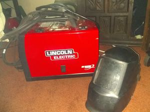 Lincoln 140 series Welder w/ mask for Sale in Riverview, FL