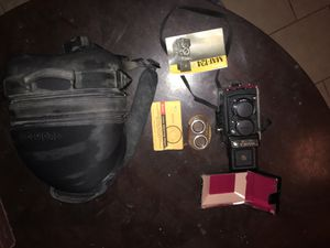Yashica Mat 124G in leather carrying case and back pack for Sale in Tempe, AZ