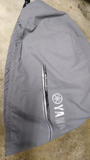 Yamaha F350 v8 outboard motor cover for Sale in Miami, FL