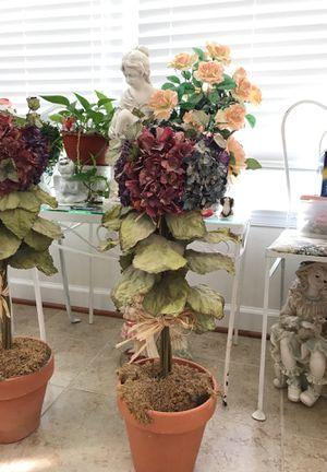 Beautiful Flower 🌺 Pot Decor for Sale in Gainesville, VA