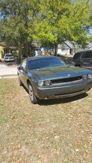 Dodge Challenger 2010 for Sale in Tampa, FL