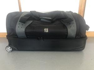 "30"" rolling luggage duffel bag for Sale in East Wenatchee, WA"