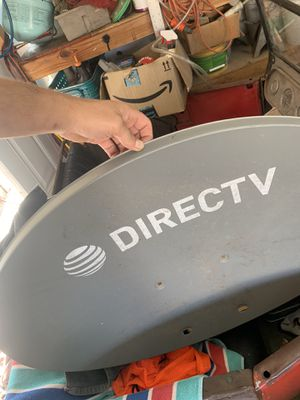 DIRECTV HDTV Satellite Dish tripod Kit for RV/Mobile for Sale in Santa Clarita, CA