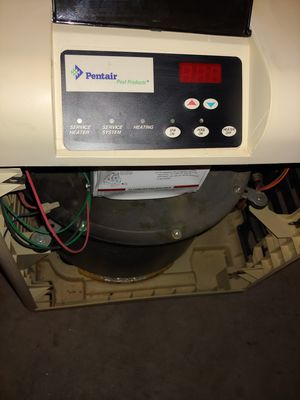 Pentair Mastertemp 400k btu natural gas heater for Sale in Surprise, AZ