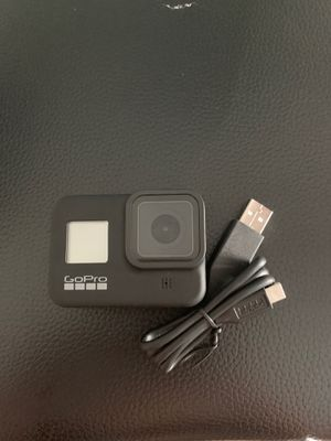 GoPro 8 black great condition works perfect comes with charger and mount for Sale in Miami, FL