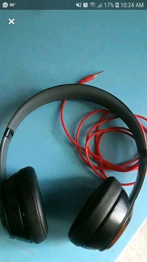Beats solo 3 wireless headset for Sale in Martinsburg, WV