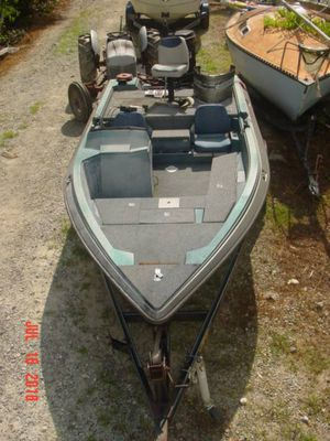 1989 Astro quickfire 17 SC side console boat and trailer only for Sale in Dawsonville, GA
