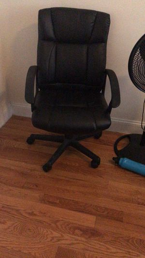 Computer chair for Sale in Secaucus, NJ
