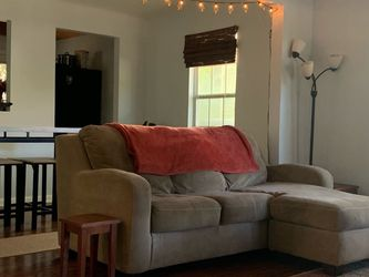 FREE couch Pick Up ASAP for Sale in Austin,  TX