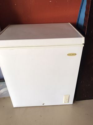 Freezer for Sale in Niederwald, TX