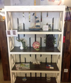 Rustic White bookcase for Sale in Fort Worth, TX