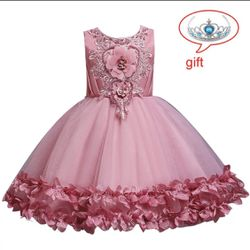 Brand new, Elegant Children Princess Dress For Girls for Sale in Riverview,  FL