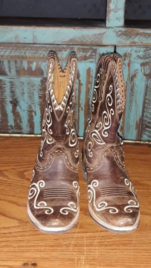 Little girls Brown Ariat boots for Sale in CORP CHRISTI, TX