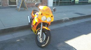 Yamaha fzr 600 motorcycle 1994 for Sale in Los Angeles, CA