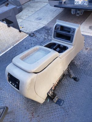 Gmc center console for Sale in Salinas, CA