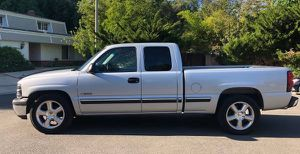 2001 Chevy Silverado Excellent for Sale in Philadelphia, PA