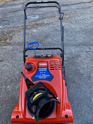 Toro power clear 621E pull start or electric start straight gas no mixing for Sale in Downers Grove, IL