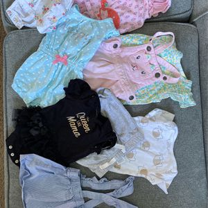 0-3 months Baby Girl Clothes for Sale in Moreno Valley, CA