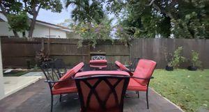 Outdoor patio set for Sale in Boca Raton, FL