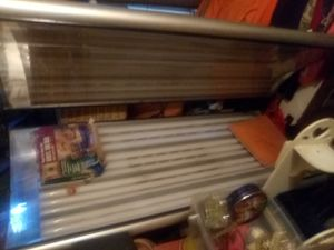 Tanning bed works great needs 1 bulb replaced for Sale in Meridian, MS