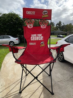 Big basketball hoop chair for Sale in Altamonte Springs, FL