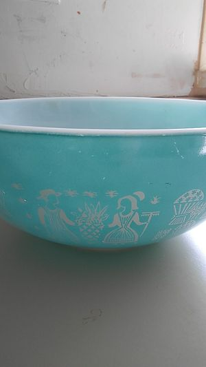1960's Large Pyrex Mixing Bowl for Sale in Victorville, CA