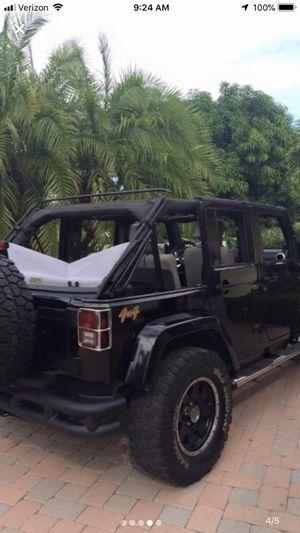 Jeep Bestop Soft Top for 4 door for Sale in Bradenton, FL