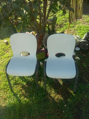 Kids School chairs $10 for Sale in Ontario, CA