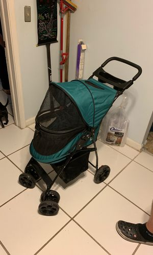 Dog stroller with free carry on for Sale in Miami, FL