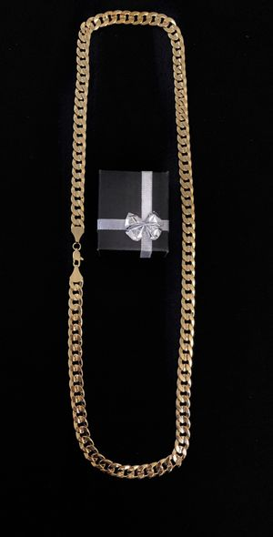 14 k Gold plated 30 inch chain necklace 9mm thick for Sale in Beaverton, OR