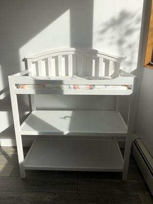 Berkeley Sorelle Changing Table for Sale in New Tripoli, PA